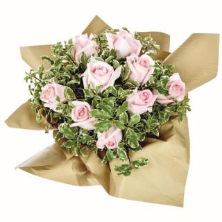 Bouquet bulle Roses et feuillage 128524