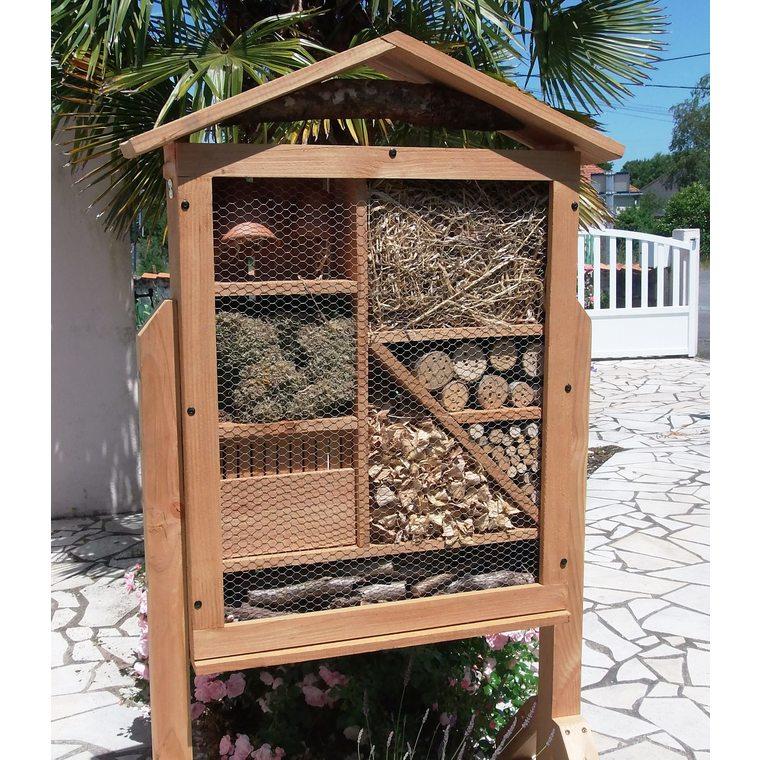 Abri à insectes très grand format en bois coloris naturel 264358