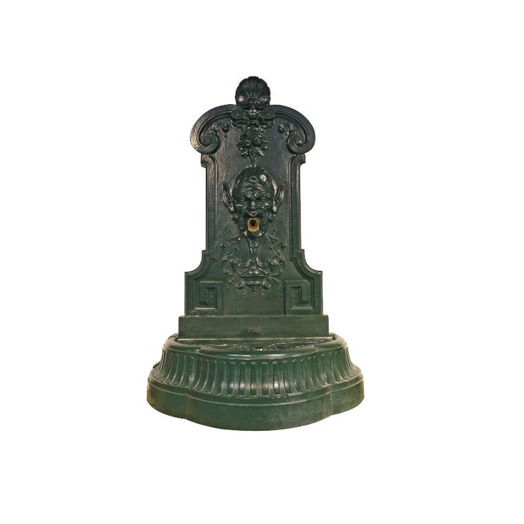 Fontaine Mephisto verte avec bec verseur - 138 cm de haut 291876