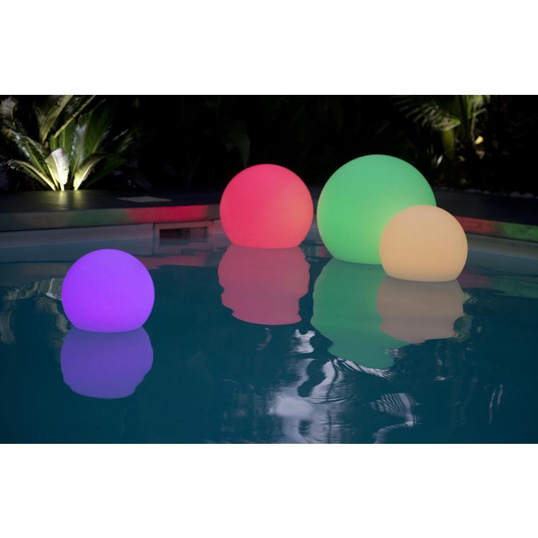 grosse boule lumineuse autonome leds 60 cm eclairer et baliser lumisky balcon terrasse botanic. Black Bedroom Furniture Sets. Home Design Ideas