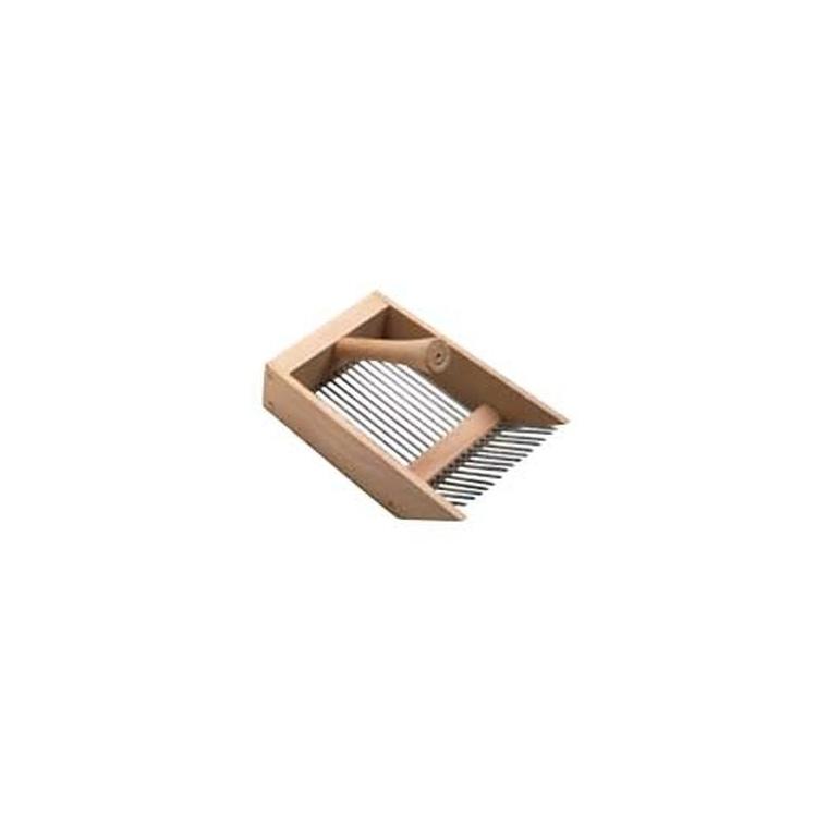 peigne myrtilles en bois beige outils de jardinage main botanic jardin botanic. Black Bedroom Furniture Sets. Home Design Ideas