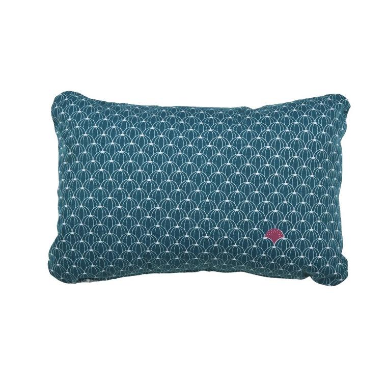 Coussin Envie d'Ailleurs pastèque Fermob en coton coloris bleu pétrole 417830