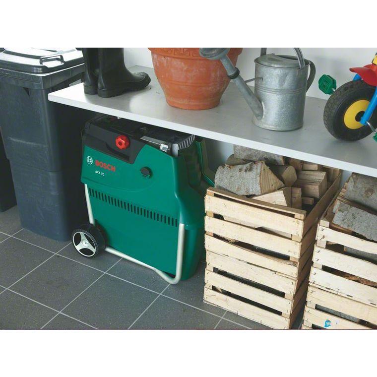 Broyeur de végétaux à turbine 2500 W Bosch 440875