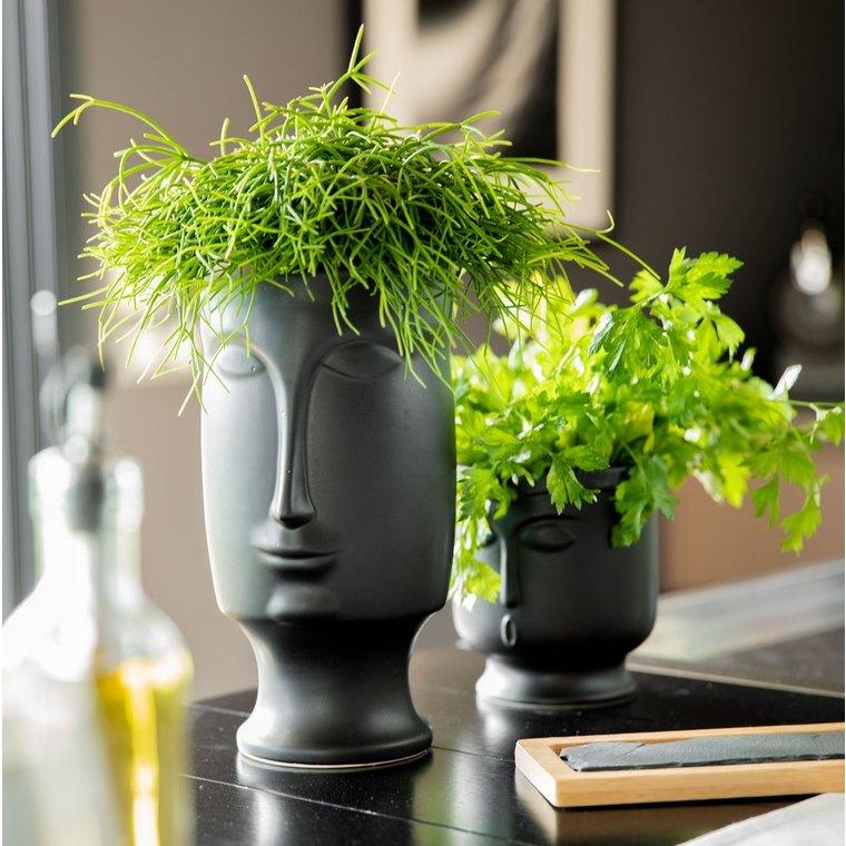 Vase en céramique avec visage moulé noir PM 13x12,5x14,2 cm 661736