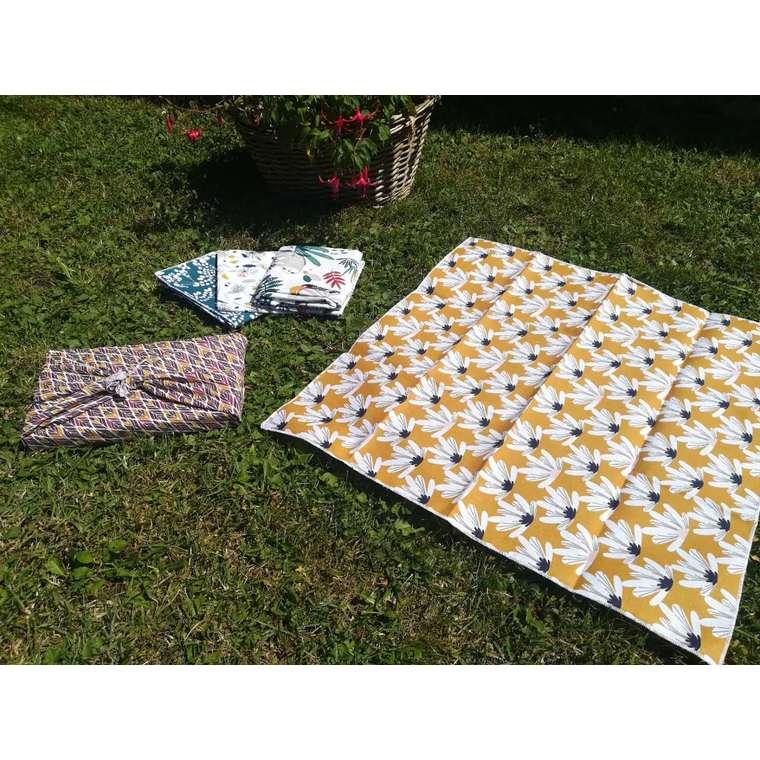 Emballage cadeau réutilisable en tissu Furoshiki grand modèle 75x75 cm 697305