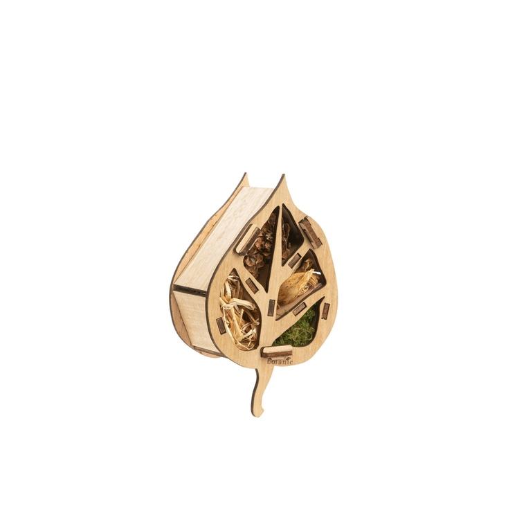 Kit hôtel à insectes en bois en forme de feuille botanic® (à assembler et remplir) 711279