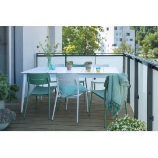Ensemble repas Dublin avec 1 table, 3 chaises blanches et 3 chaises vert amande L000090