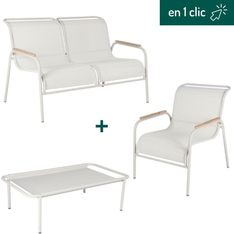 Salon de jardin Coolside gris argile Fermob composé d'une table basse, d'une banquette et d'un fauteuil L000229