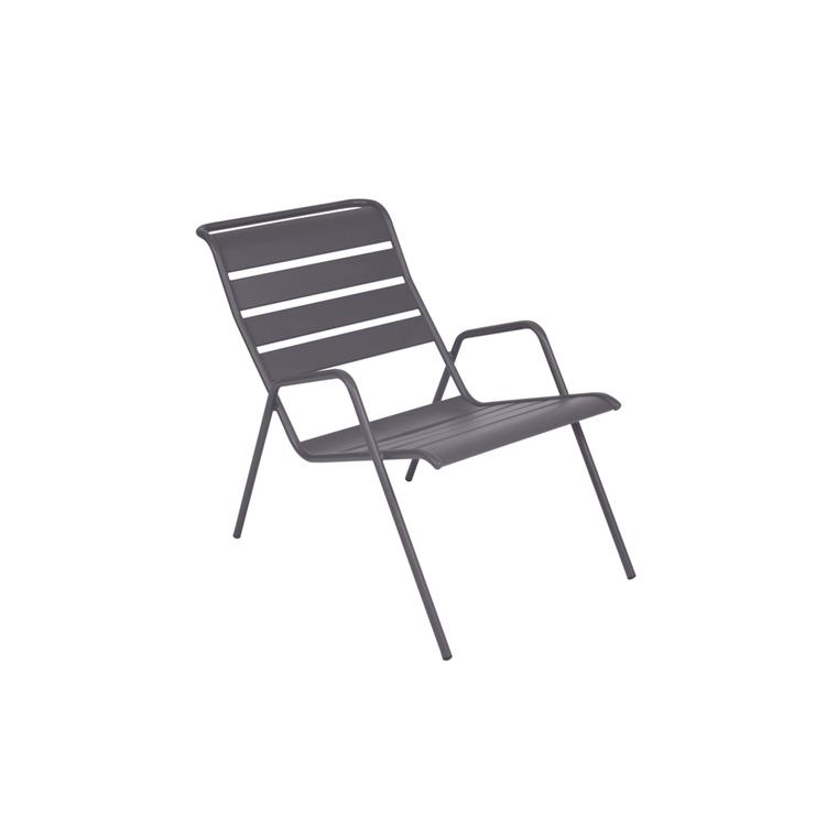 fauteuil bas de jardin monceau fermob prune botanic. Black Bedroom Furniture Sets. Home Design Ideas