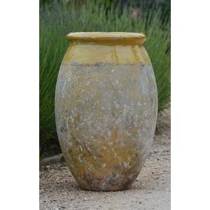 Jarre Biot olive patiné avec col émaillé jaune H 76 x Ø 50 cm