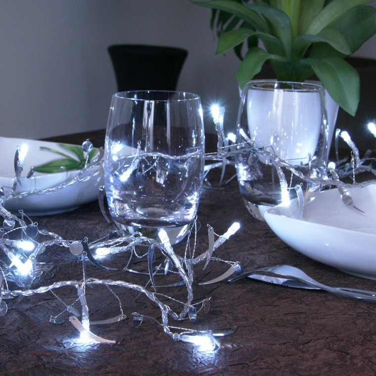 Guirlande lumineuse virgules et confettis argentés 2 m 171023