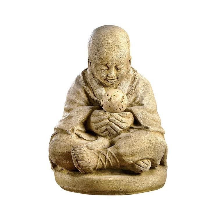Statue moine assis en boule