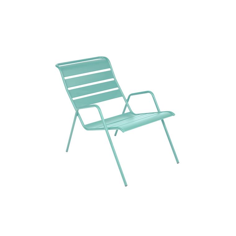 Fauteuil bas Monceau de couleur bleu lagune 300994