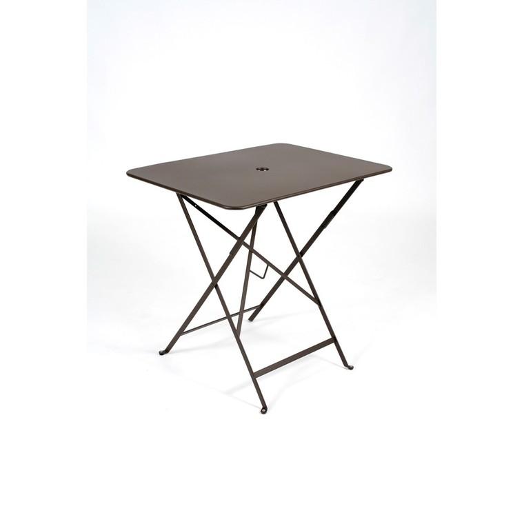 Table de jardin couleur rouille des id es int ressantes pour - Fabriquer une table pliante ...