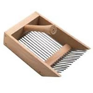 Peigne à myrtilles en bois beige 492443