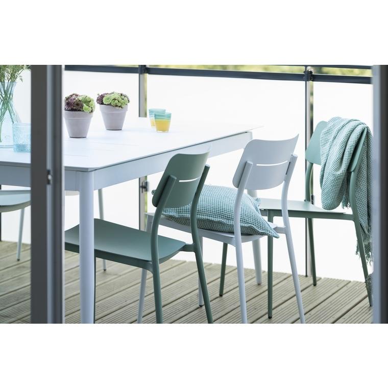 Chaise Dublin coloris vert amandine 58 x 46 x 80 cm 501833