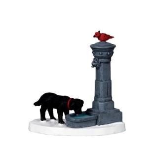 Figurine Lemax Chien et fontaine d'eau collection Caddington Village