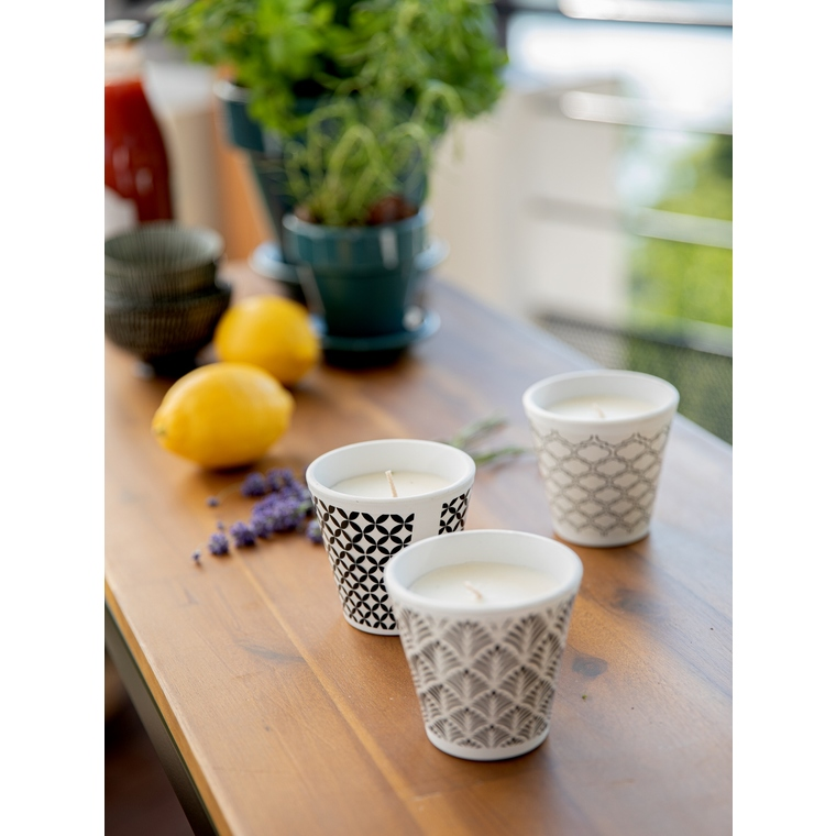 Bougie à la citronnelle dans bol terre cuite noir et blanc 80X82 659223