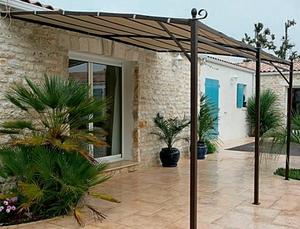 Toile pour tonnelle murale parasols voiles d 39 ombrages et tonnelles sel - Voile d ombrage botanic ...