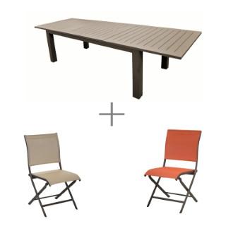 Ensemble repas couleur café avec une table Caméline à rallonges, 4 chaises pliantes Elegance café/paprika et 4 chaises de jardin Elegance café/beige