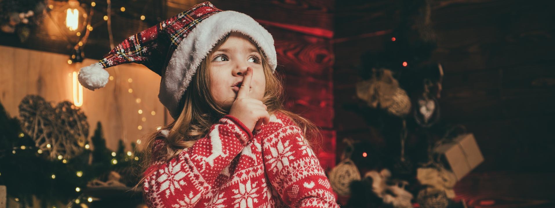 Chaussons, pulls et bonnets de Noël