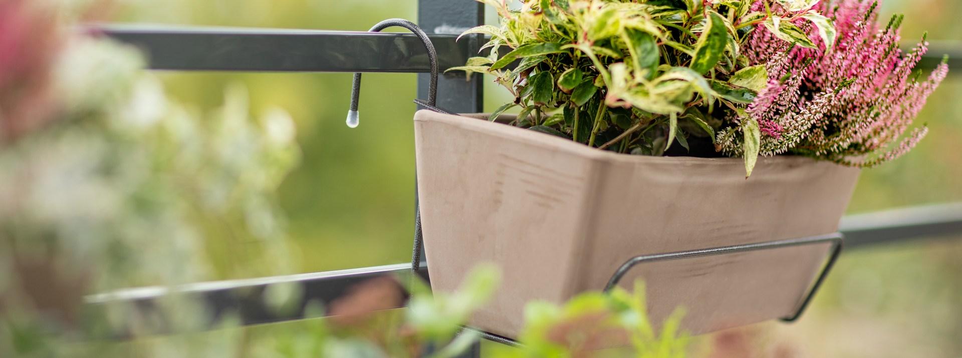 Accessoires et supports pots et jardinières