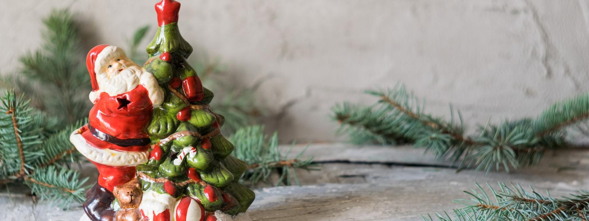Le Père Noël dans la décoration de Noël