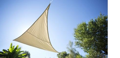 Les voiles d'ombrage pour vivre à l'abri du soleil et des vis-à-vis